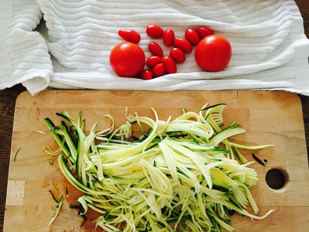 fha_zucchininudeln_geschnitten