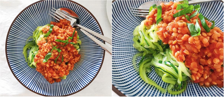 zucchini spaghetti mit linsenbolognese rezept fourhang auf. Black Bedroom Furniture Sets. Home Design Ideas