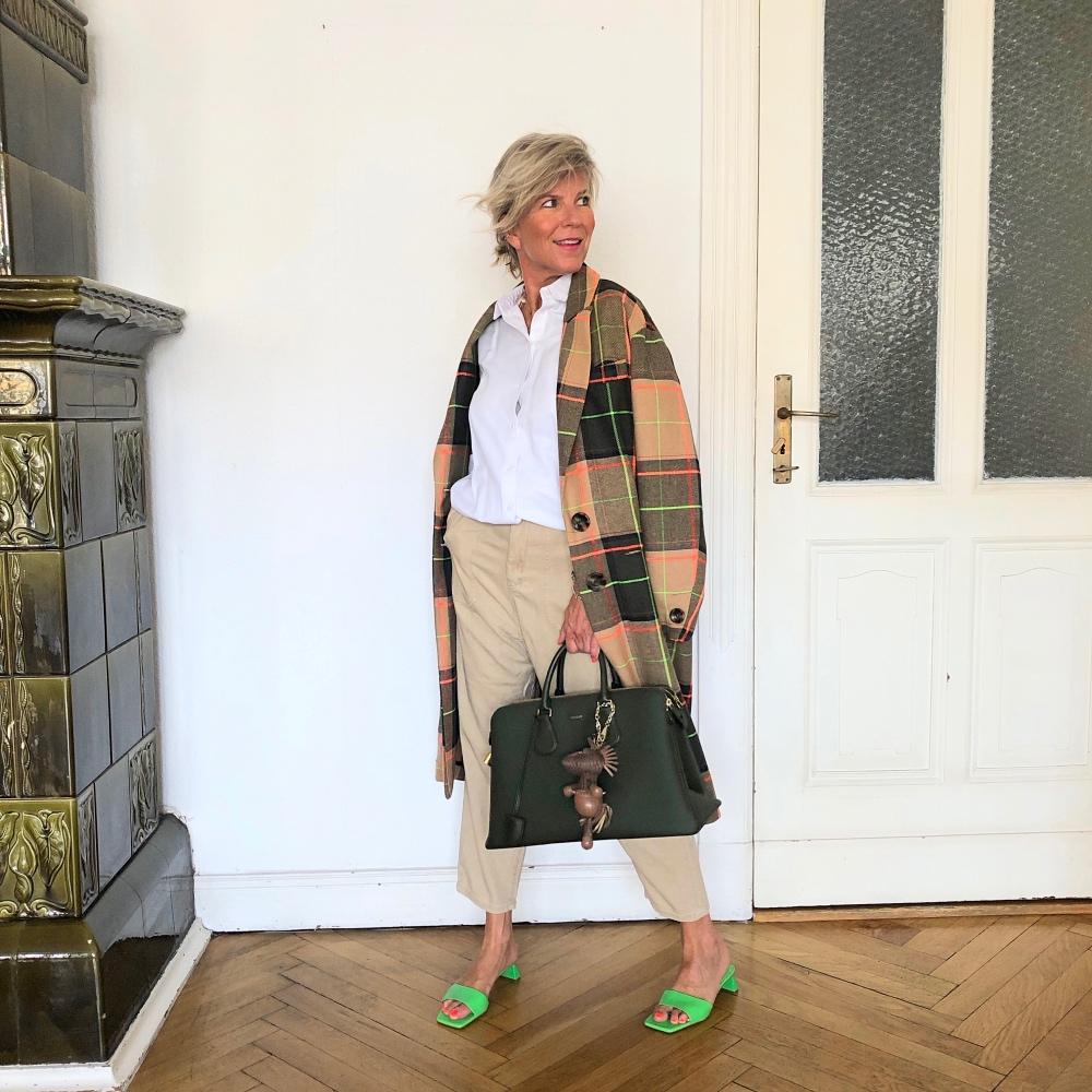 Karo im Herbst: Business-Look