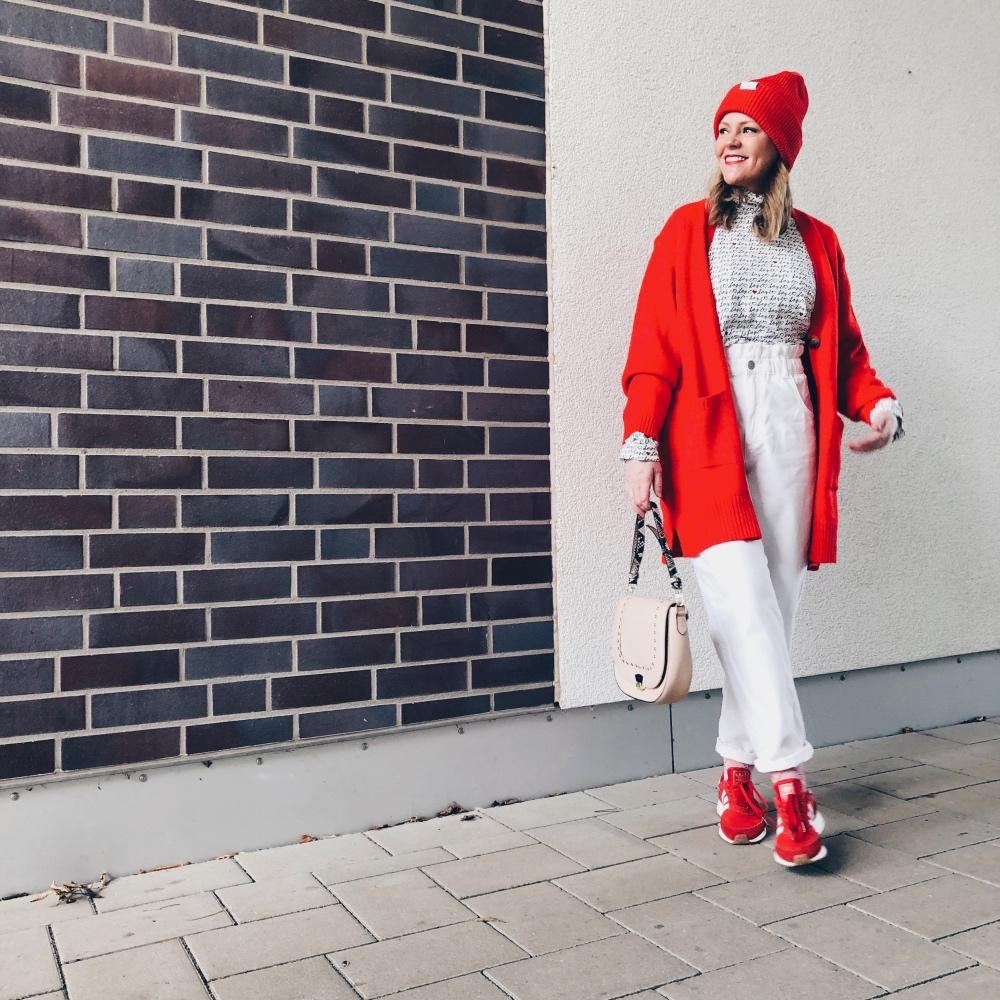 Trendfarbe Rot: Hier knallt Rot auf Weiß